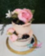 Lovely Cake close logo.jpg