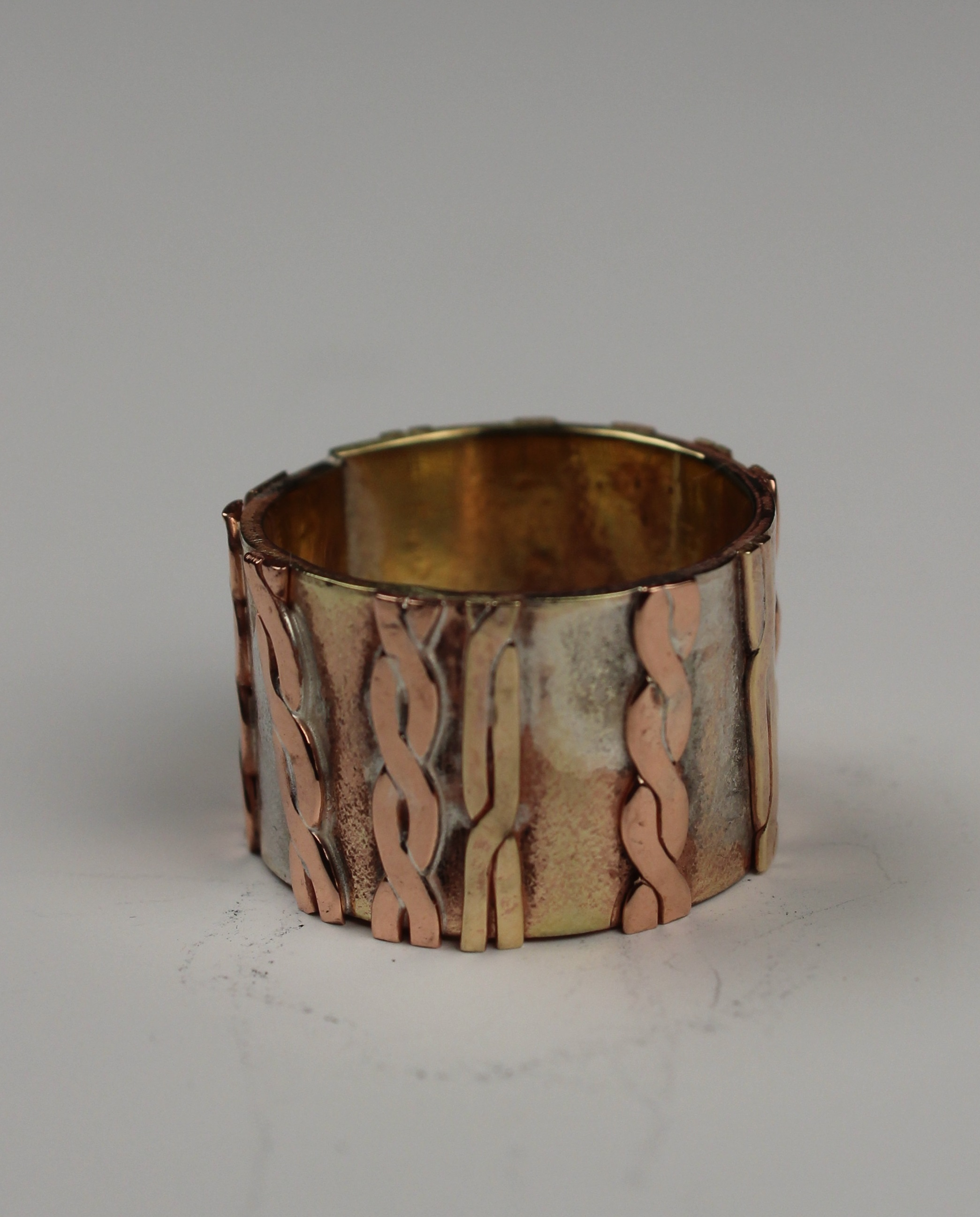 Twisted Patterned Ring