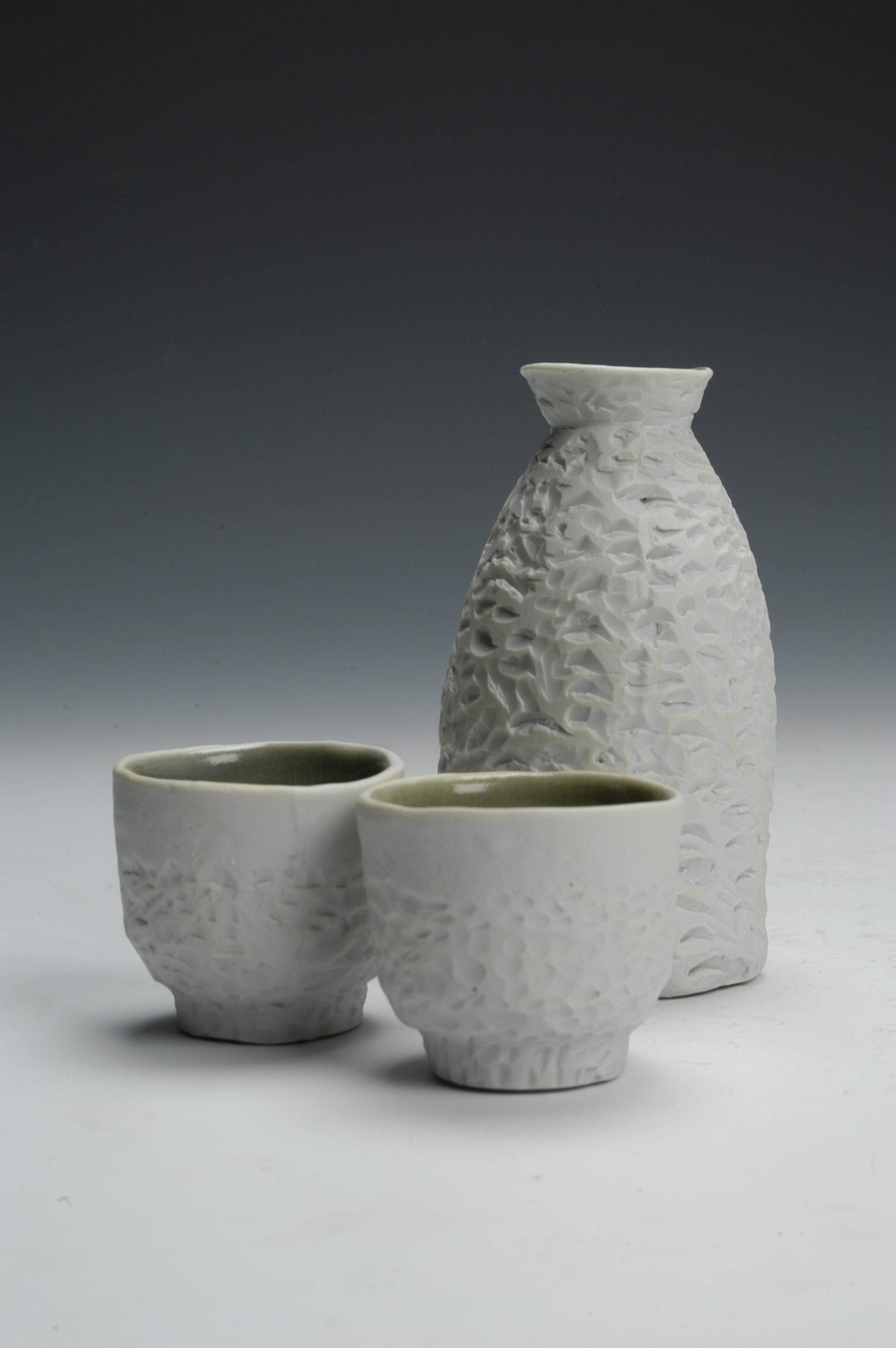 Textured Saki Set