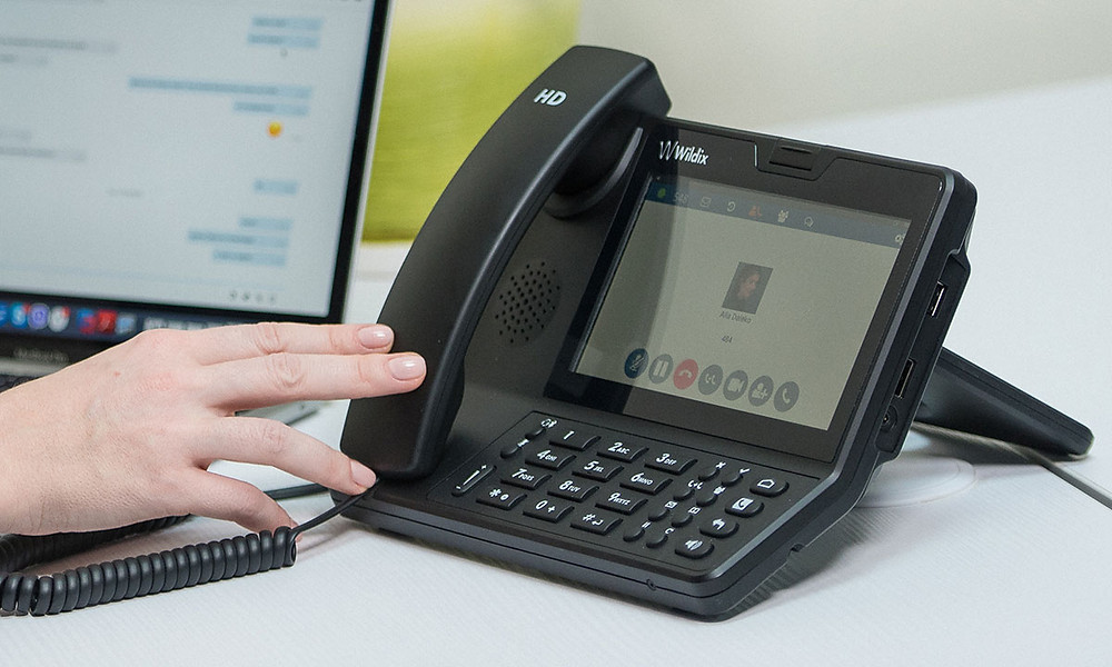 The Vision, The future of Deskphones