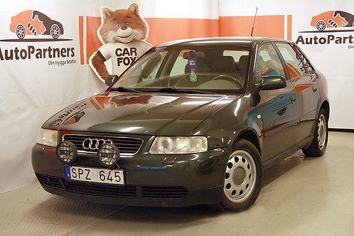 Audi A3 1.6 5D Nybesiktigad (SÅLD) -02