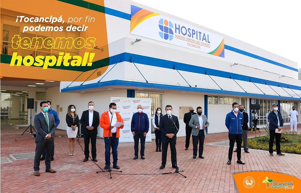 El Gobernador de Cundinamarca, Nicolás García y Andrés Porras, alcalde de Tocancipá en la apertura del nuevo Hospital