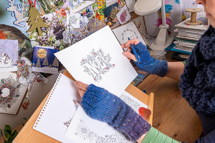 peter photo gloves holding noel photo go