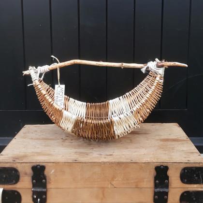 7441512-Willow-jute-cane-driftwood-handl