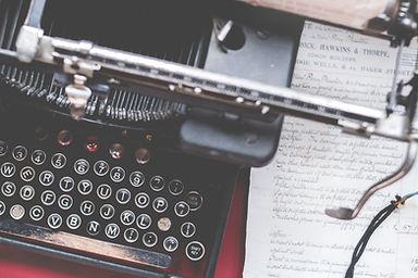 close-up-photo-of-black-typewriter-97793