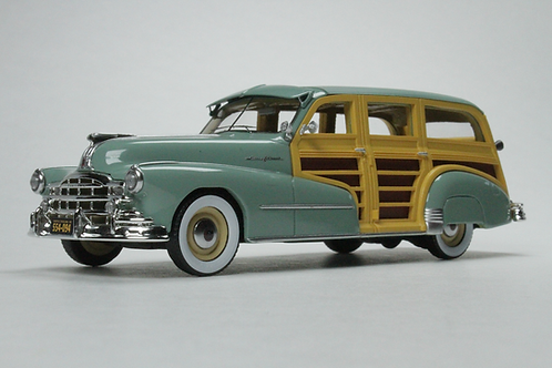 GC-034 A 1948 Pontiac Streamlined Woodie Genesee Green.