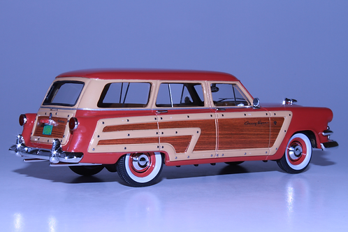 GC-006 B 1953 FORD COUNTRY SQUIRE Flamingo Red