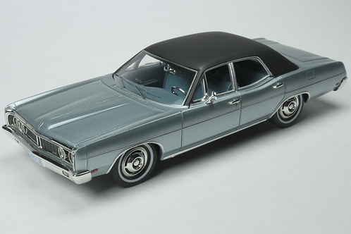 GC-007 A 1970 FORD Galaxie Grey Metallic
