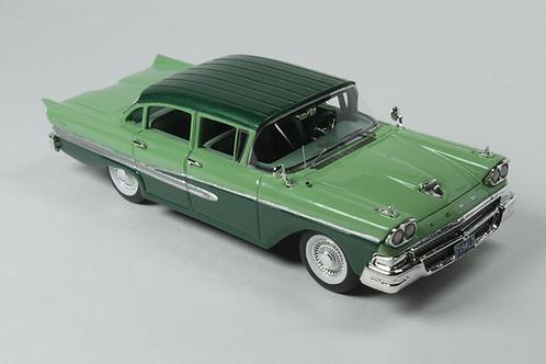 GC-026 B 1958 Ford Custom 300 4 Door Seaspray Green & Silvertone Green