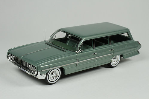 GC-038 B 1962 Oldsmobile Dynamic 88 Fiesta  Wagon Willow Mist Poly.