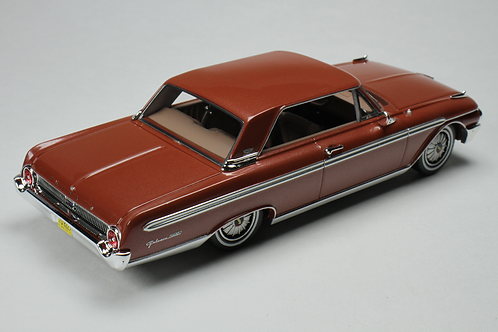 GC-030 B 1962 Ford Galaxie Chestnut Poly