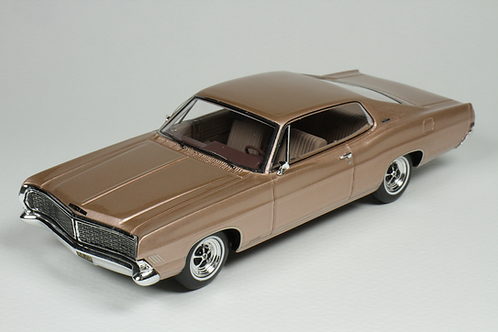 GC-037 B 1968 Ford Galaxie 500 XL Tahitian Rose Irid
