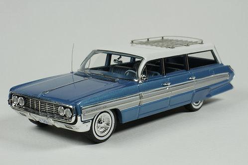 GC-038 A 1962 Oldsmobile Dynamic 88 Fiesta  Wagon Wedgewood Mist Poly.