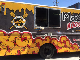 Mac 'N Noodles Denver Food Truck serving macaroni & cheese