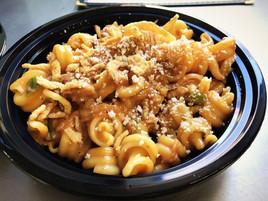 Mac 'N Noodles Handcrafted Artisanal Mac 'N Cheese