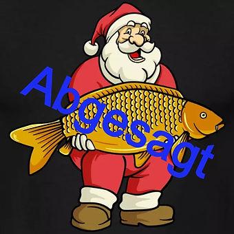 ein-weihnachtsmann-beim-karpfen-angeln-ein-einzigartiges-design-zu-weihnachten-fuer-alle-karpfenangl