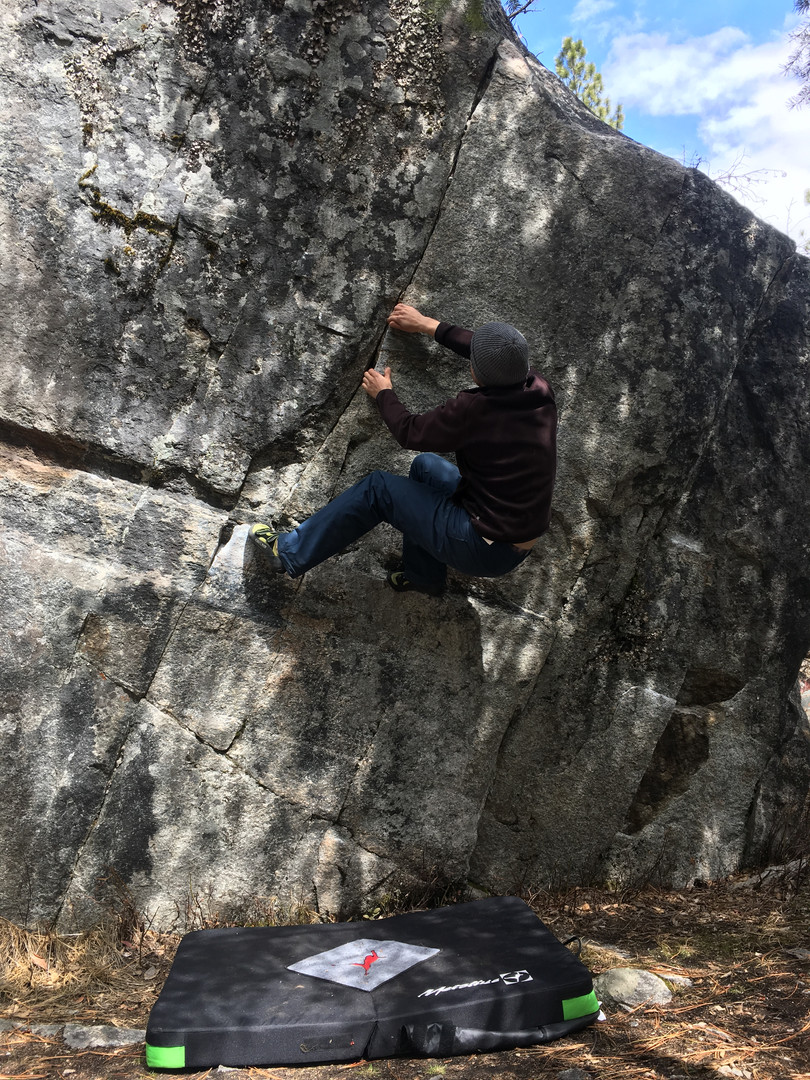 One of the more beautiful problems we did (and could not top). Location: Hardvark Boulder