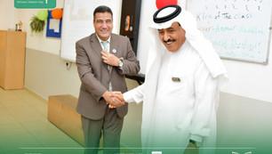 مدير عام المدارس يطمن على صحة المعلم أ / عبدالله ابوالخير