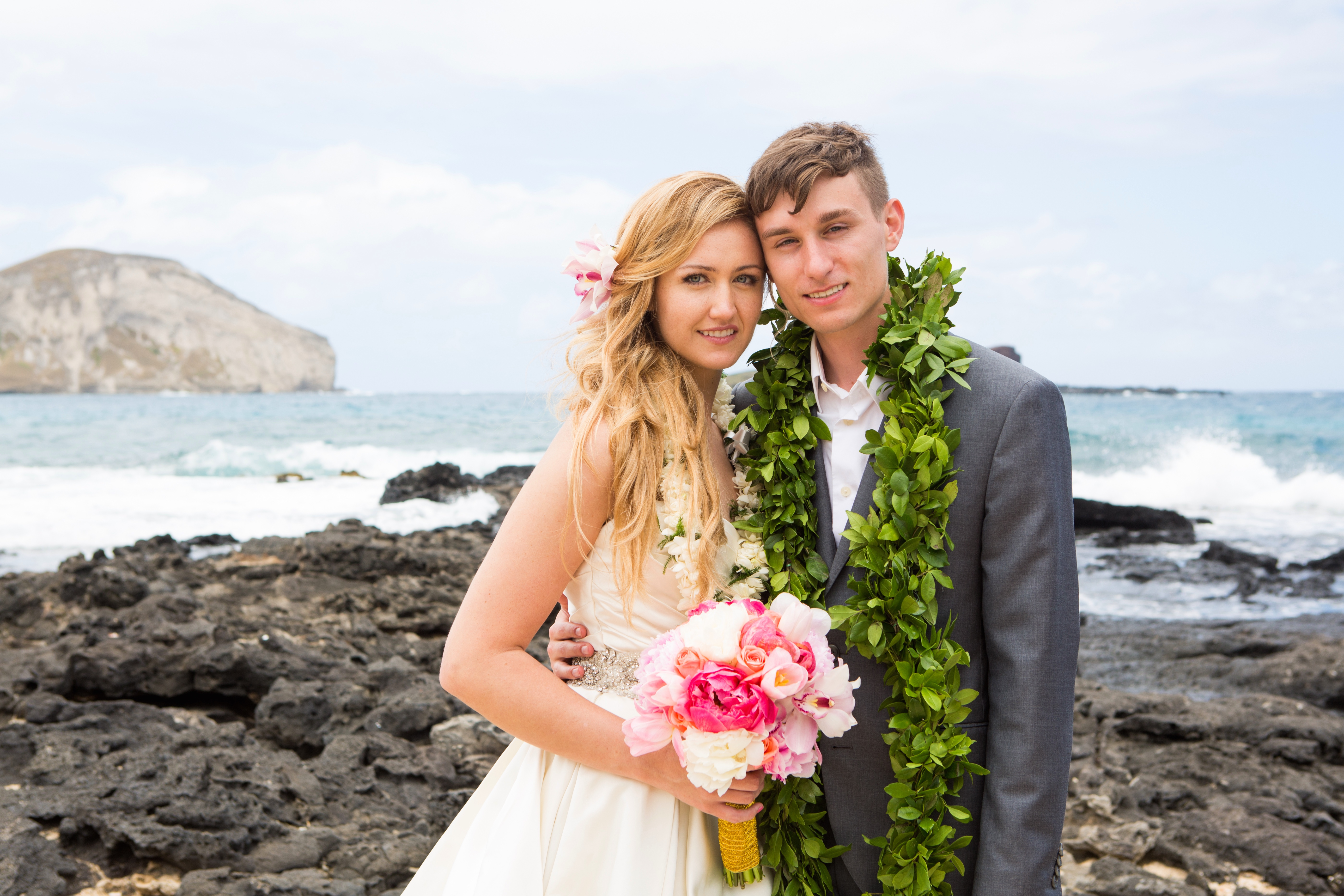 Hawaiian Wedding Pictre Romance -4