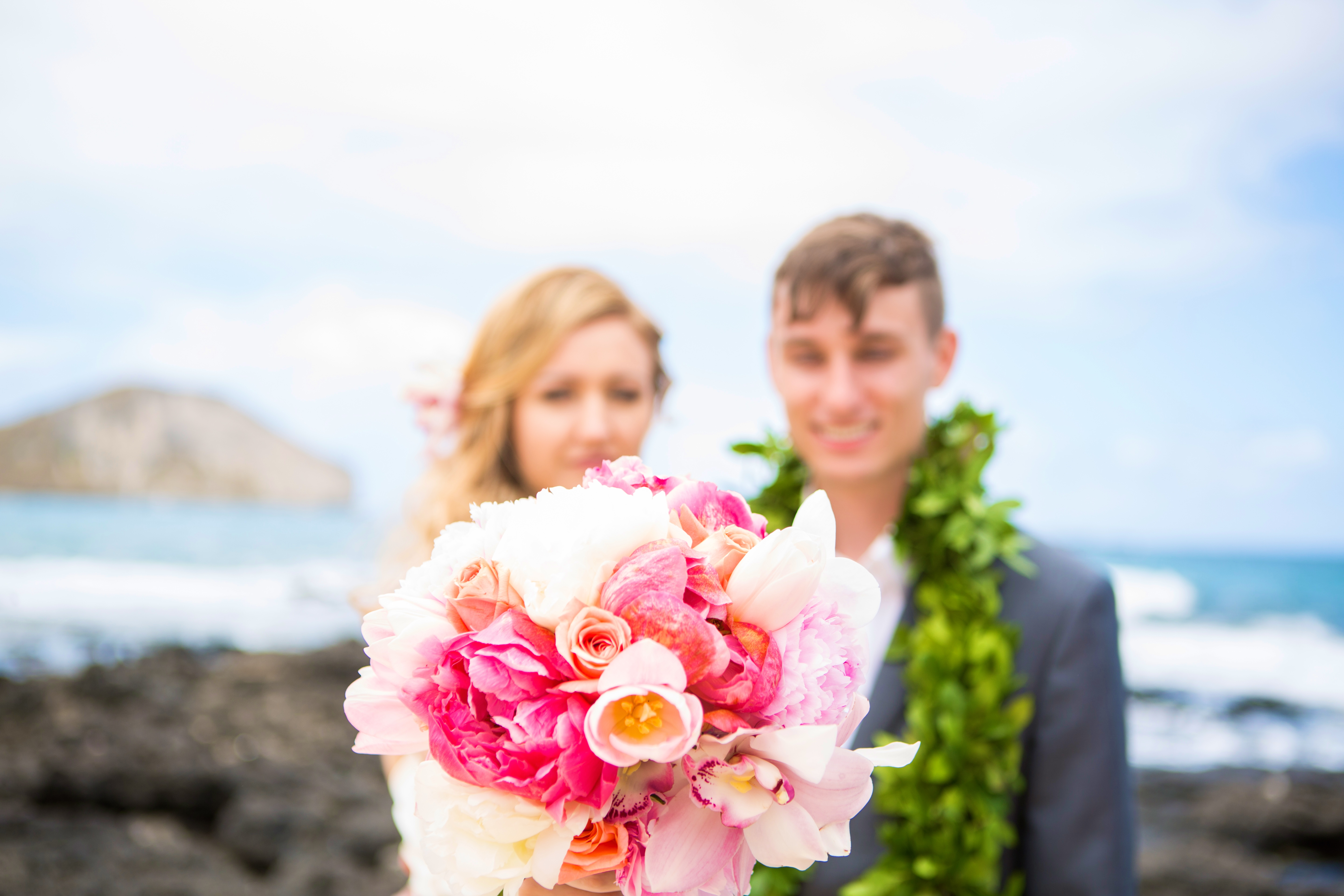 Hawaiian Wedding Pictre Romance -8