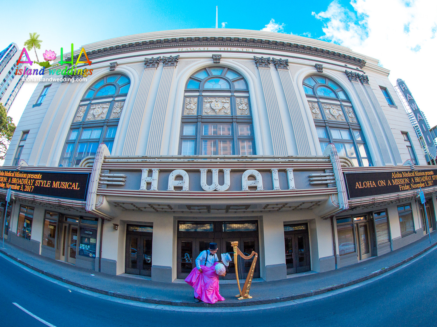 Wedding photographer Oahu-Hawaii theater
