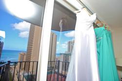 Alohaislandweddings.com- Pre wedding In The hotel room -3