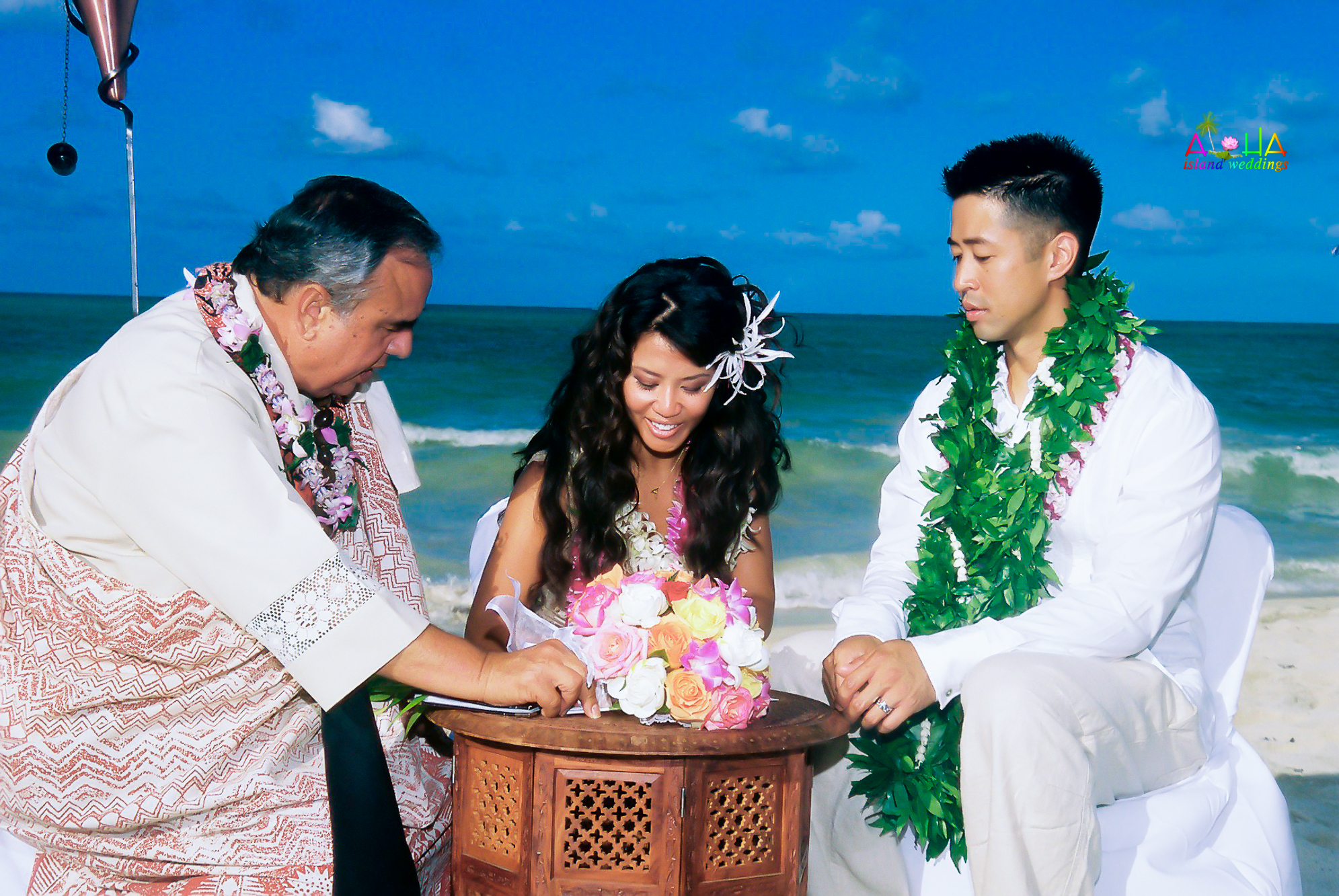 Beach wedding in Kailua-32