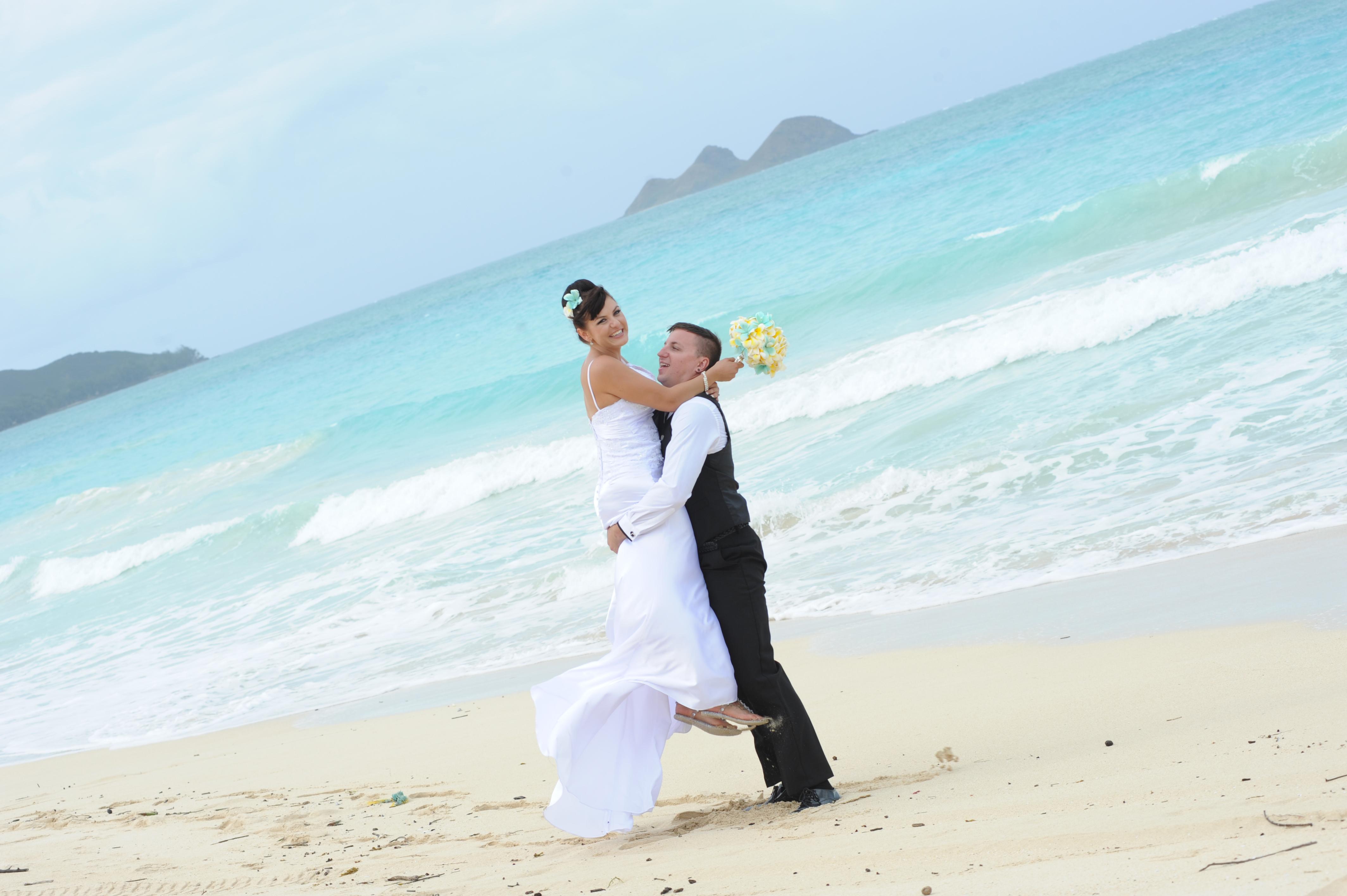 Alohaislandweddings.com- Wedding Picture in Hawaii-38