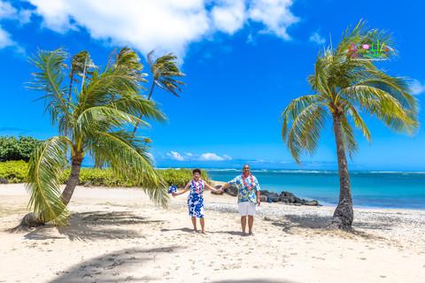 Kahala-resort-beach-in-Hawaii-2-150.jpg