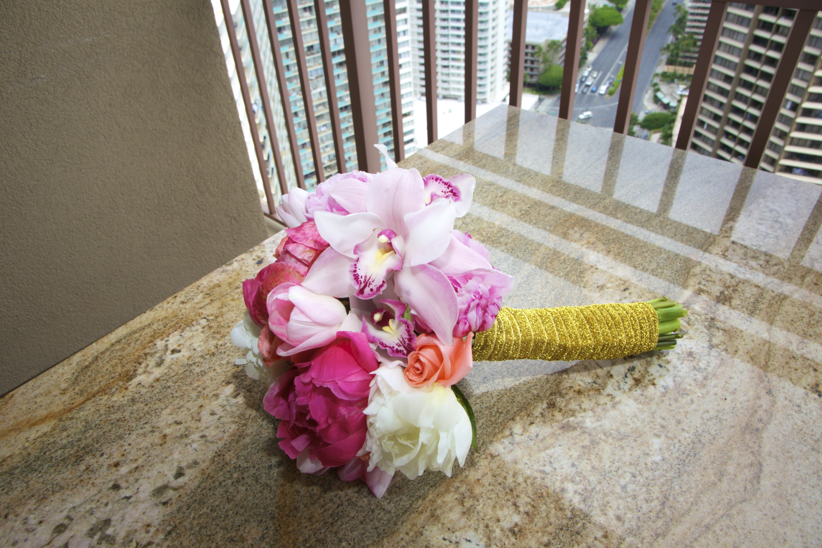 Hawaiian Wedding Pictre Ceremony -110