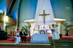 Hawaiian Church Wedding on Oahu-23