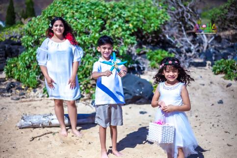 Vowrenewal-wedding-in-Hawaii-1-22.jpg