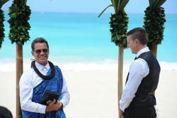 Alohaislandweddings.com- Hawaiian wedding in hawaii-38