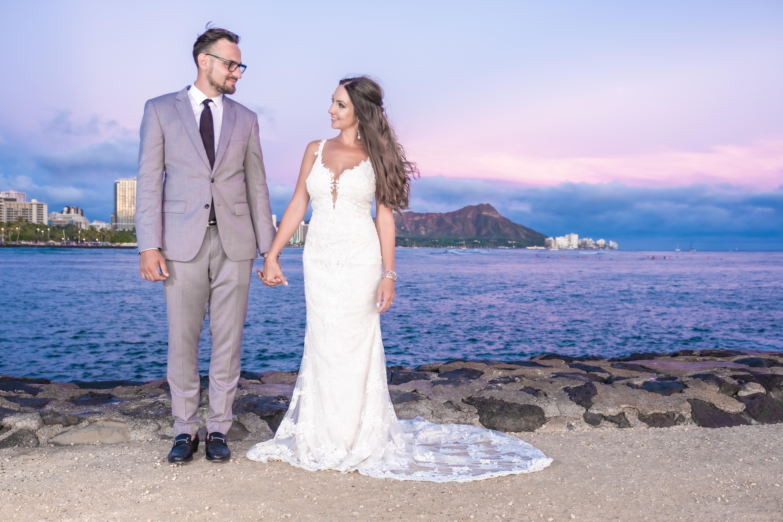 Magic island Hawaii beach wedding -11