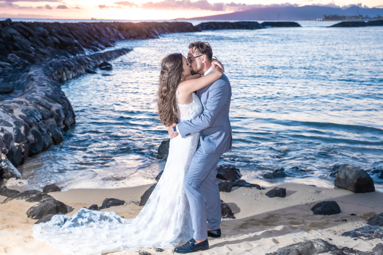 Magic island Hawaii beach wedding -32