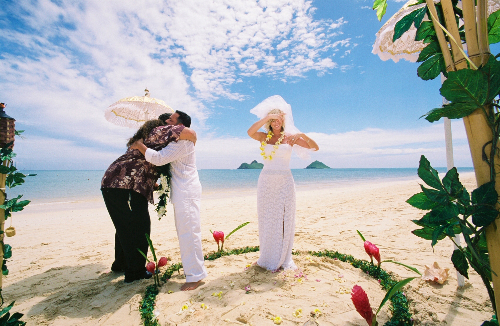 Alohaislandweddings- Lanikai wedding Picture -12