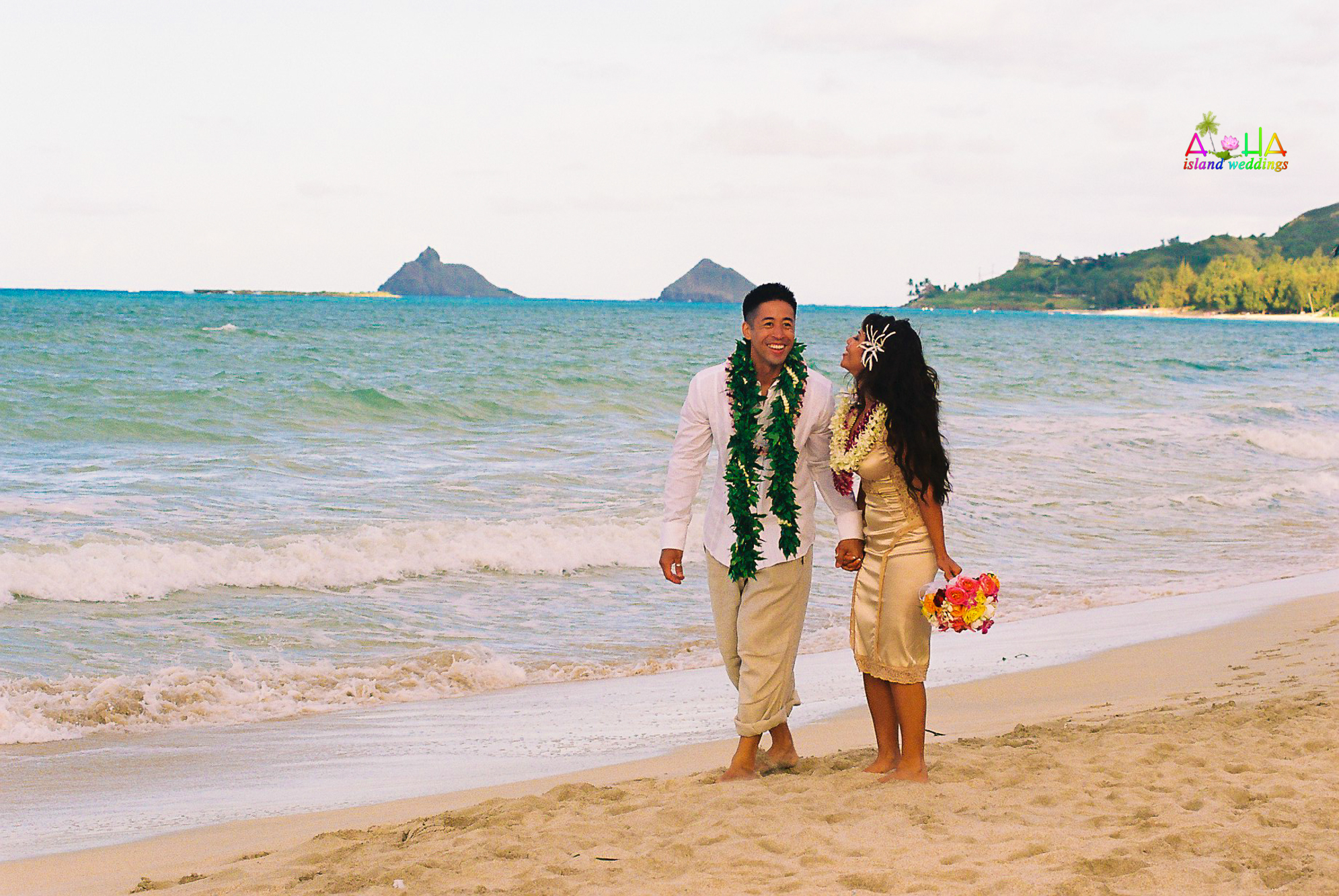 Beach wedding in Kailua-65