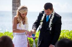 Wedding in Hawaii sand ceremony 4