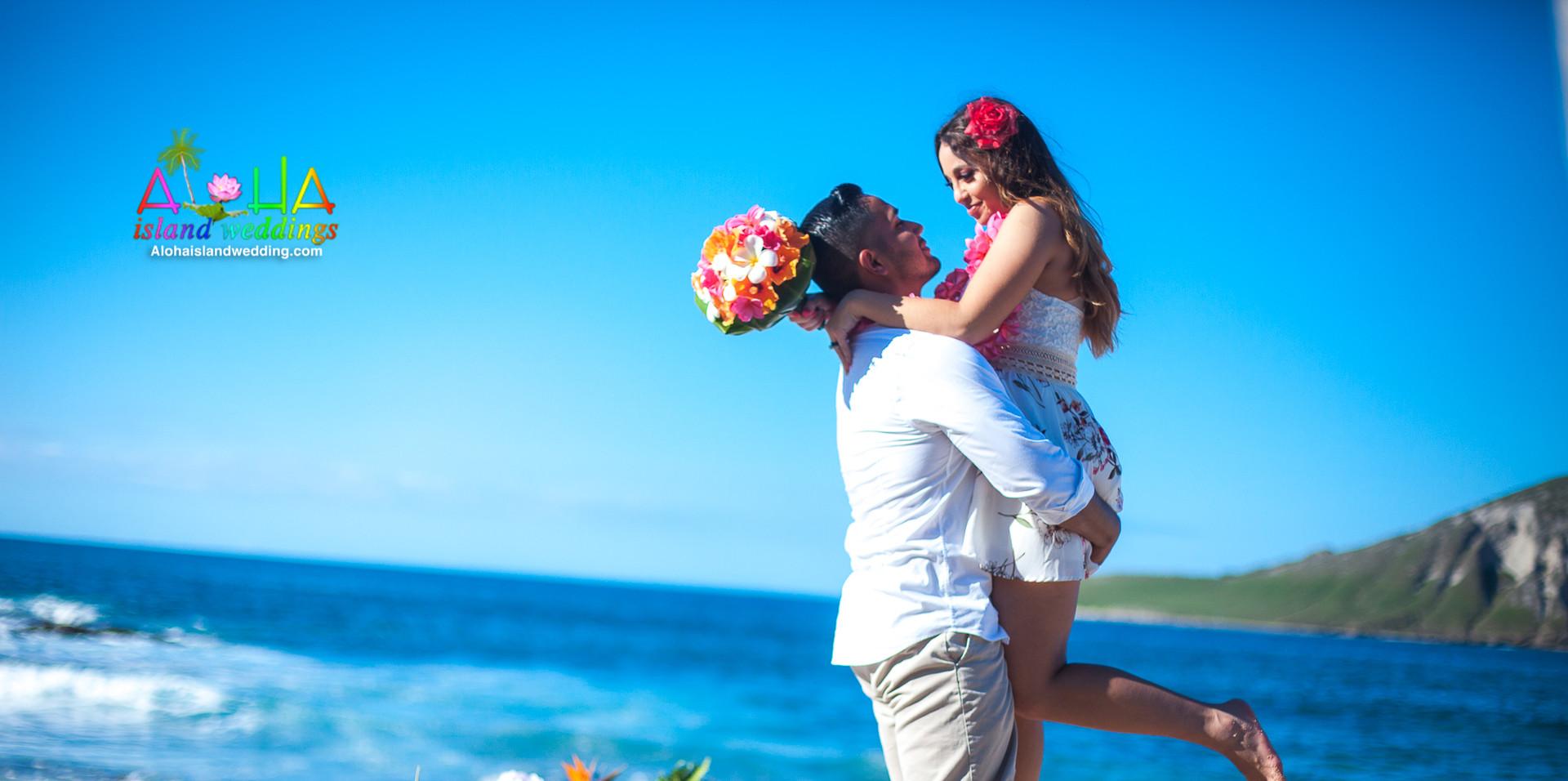 O&T-Wedding-picture-at-Makapuu-Oahu-Hawa
