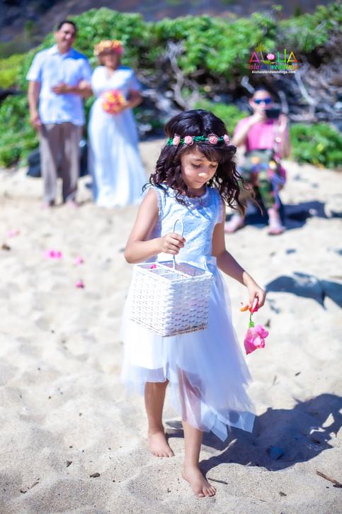 Vowrenewal-wedding-in-Hawaii-1-29.jpg