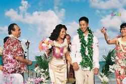 Beach wedding in Kailua-22