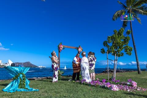 Vowrenewal-magicIsland-Hawaii-4.jpg