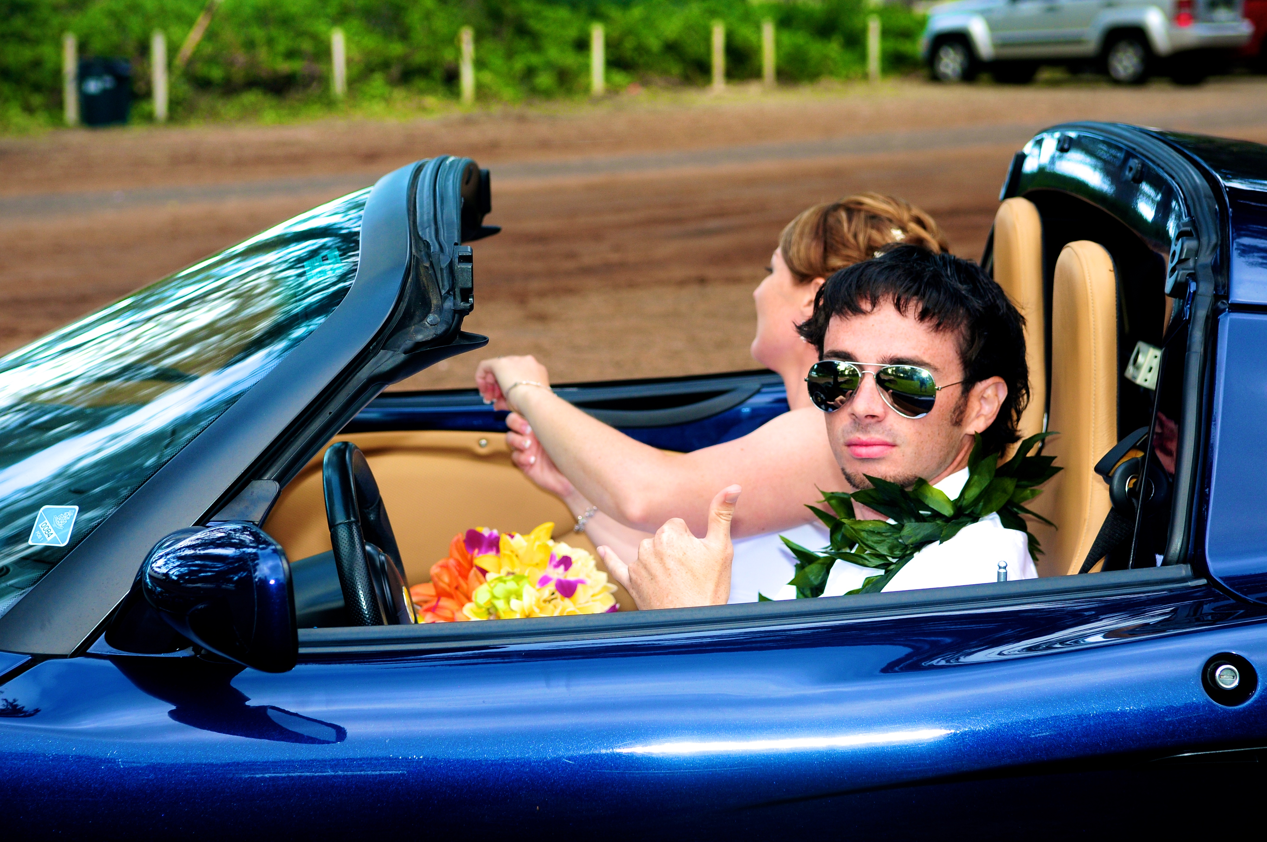alohaislandweddings- Lotus car -34