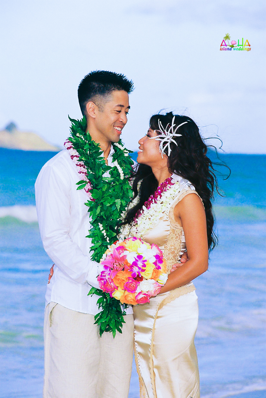 Beach wedding in Kailua-74