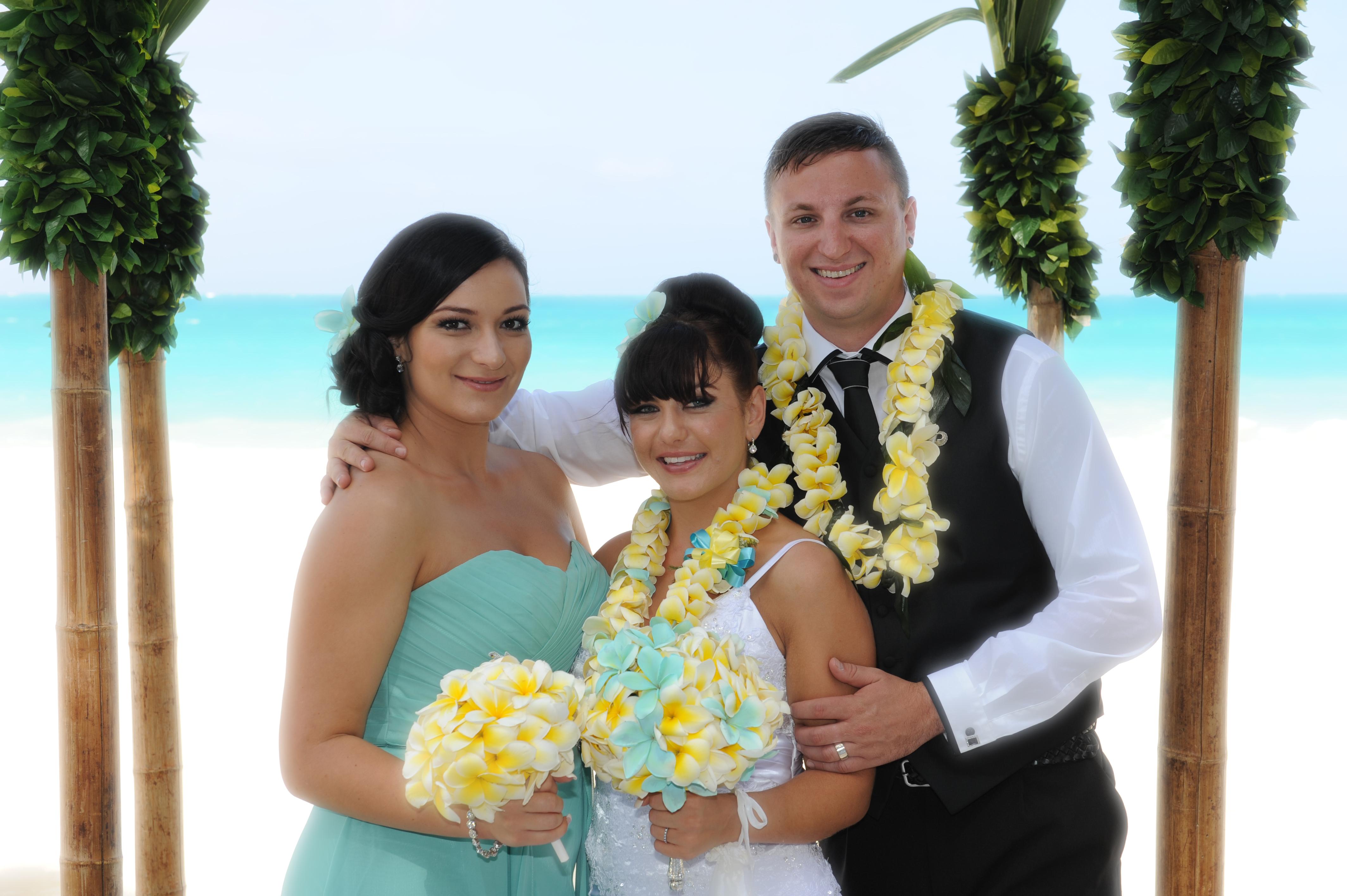 Alohaislandweddings.com- Wedding Picture in Hawaii-3