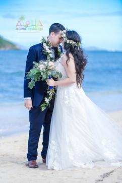 Honolulu-wedding-G&S-wedding-romance-12.