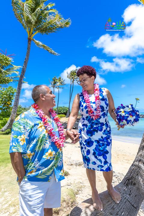 Kahala-resort-beach-in-Hawaii-2-131.jpg