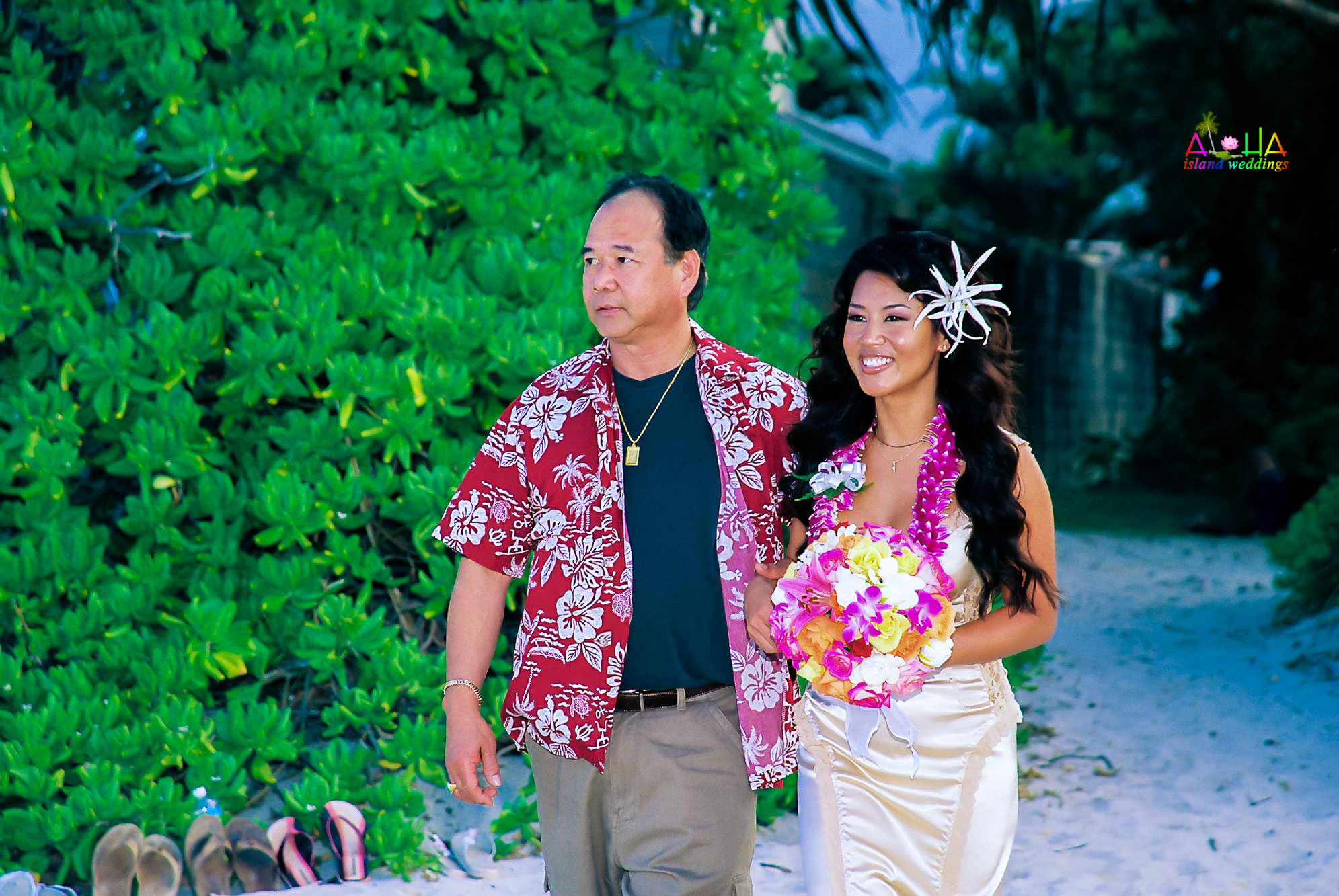 Beach wedding in Kailua-85