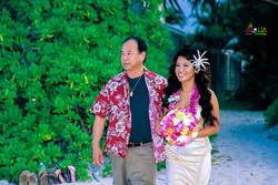 Beach wedding in Kailua-85