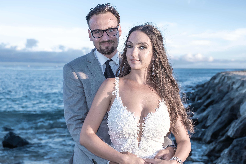 Magic island Hawaii beach wedding -47